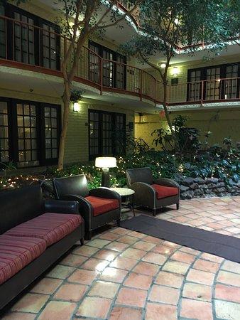 Aksarben Suites Omaha: photo0.jpg