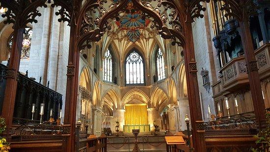 Tewkesbury Abbey: Arquitetura impressionante!