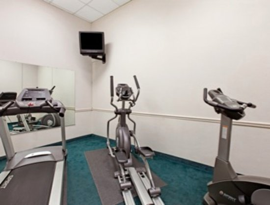 Bellmawr, NJ: Fitness Room
