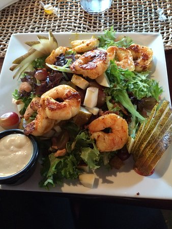 Poughkeepsie, NY: Asian Shrimp Salad