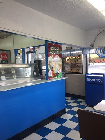 C & D Drive-In and Bakery: photo1.jpg