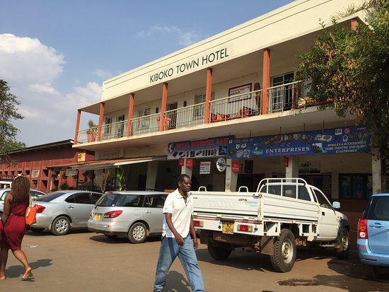 Kiboko Town Hotel : Front view