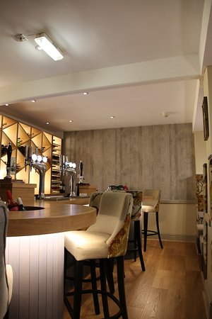 County Hotel Carnforth Reviews
