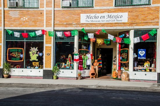 Placentia, CA: Hecho en Mexico Mexican art and gift store front