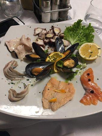 Albese con Cassano, Italy: Siamo stati qui io e il mio ragazzo a cena.  Personale davvero gentile e disponibile. Qualità de