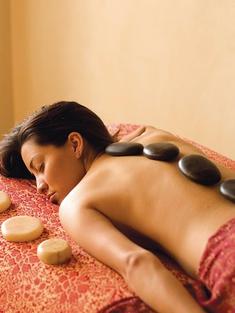 Hacienda Nicholas Bed & Breakfast Inn: Indulge in a fabulous hot stone massage at our Absolute Nirvana Spa.