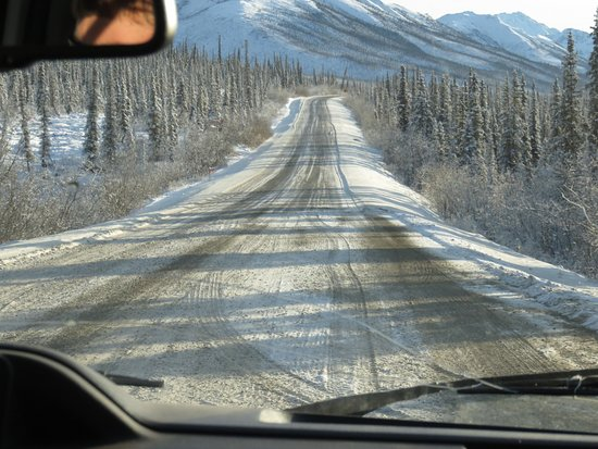 Coldfoot, AK: This is what the ice road looks like south of Chandalar Shelf.