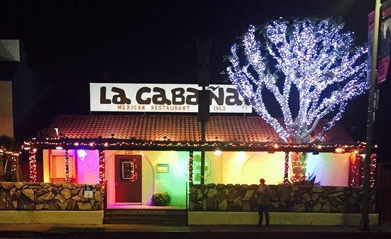 La Cabana Restaurant: Holiday Lights!