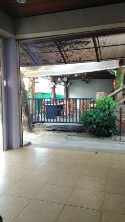 Phi Phi Anita Resort : TA_IMG_20161211_075142_large.jpg