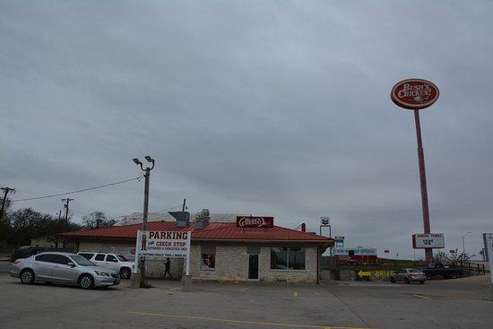 West, Τέξας: Bush's Chicken