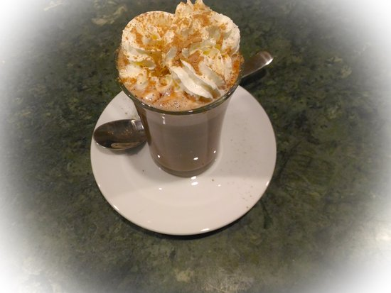 Vila Nova de Famalicao, โปรตุเกส: Coffee Moments - food & drinks