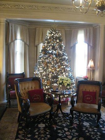 The Sayre Mansion Inn: living room