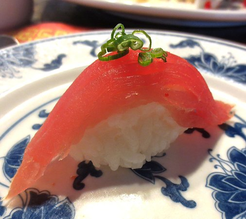 Greenfield, MA: Lovely tuna sushi