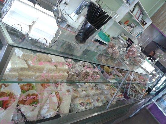 Monbulk, Australia: The Crunchy Nut Cafe
