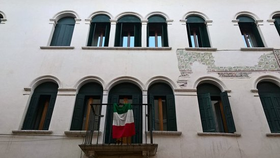 Palazzo Cortona-Ovio-Floreano