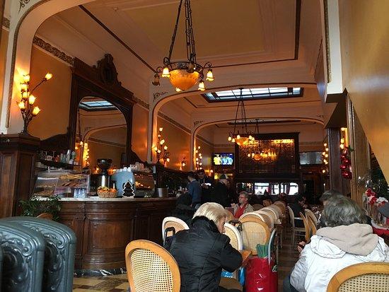 La ruche salon de the bruxelles restaurant avis for Salon de bruxelles