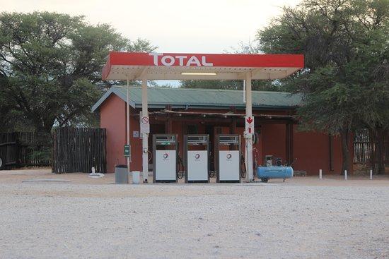 Mata-Mata Rest Camp : Tankstelle