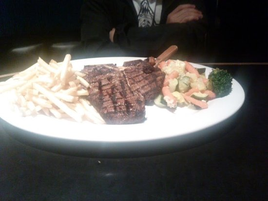 Rosie's Cafe: T-Bone Steak, Buttered Vegetables and fries