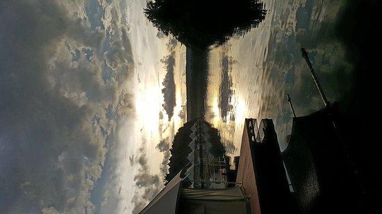 4 Rivers Floating Lodge: Beautiful