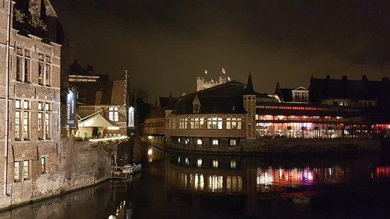 Ibis Gent Centrum St-Baafs Kathedraal: 20161208_191311_large.jpg