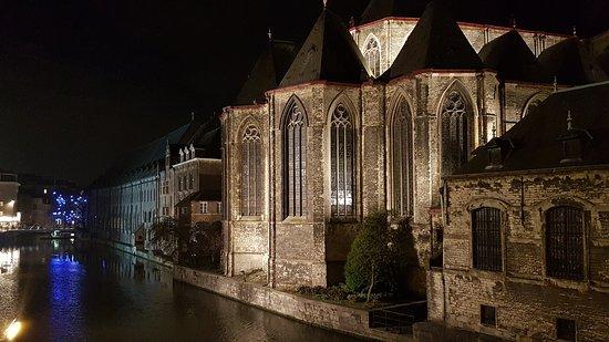 Ibis Gent Centrum St-Baafs Kathedraal: 20161208_190807_large.jpg