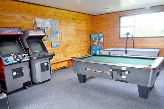 Cool Games Room Air Hockey Pool Table Arcade Machines Download Free Architecture Designs Lectubocepmadebymaigaardcom
