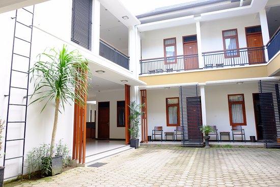 Bapontar Hotel