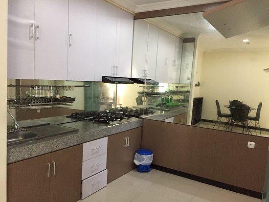 Sejahtera Family Hotel & Apartment