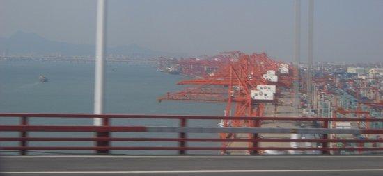 Haicang Bridge: 昼の景色