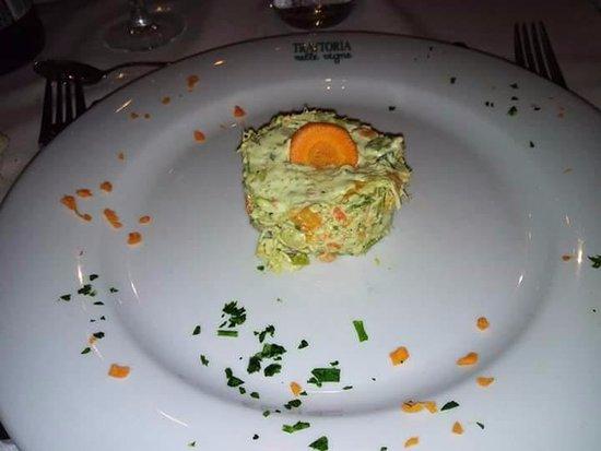 Entr e photo de trattoria nelle vigne diano d 39 alba for Alba cuisine italienne