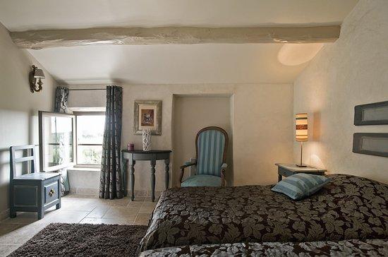 """das schlafzimmer im erdgeschoss der ferienwohnung """"aubépine, Schlafzimmer"""