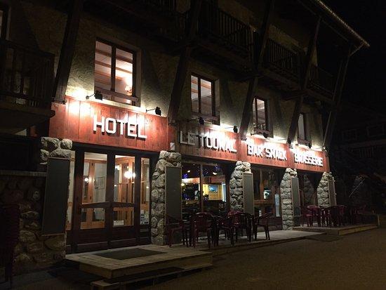 Hôtel Restaurant Le Toukal: photo0.jpg