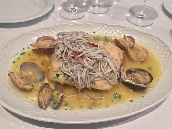 La Marinada Restaurant: photo1.jpg