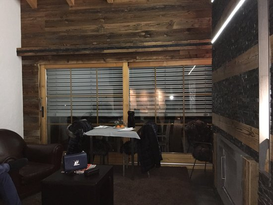 Hostellerie Du Pas De L'Ours: photo1.jpg