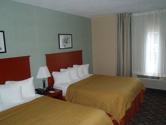 Southampton, Canadá: Spacious rooms