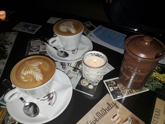 Bonyhad, Hongrie : For us it was the best coffee in Hungary.