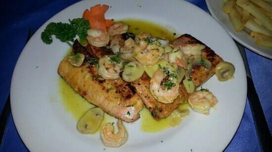 La frontera gourmet pescados y mariscos barranquilla for Restaurante la sangilena barranquilla telefono