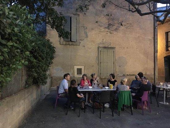 Bar Le Minervois: Happy days in Siran.