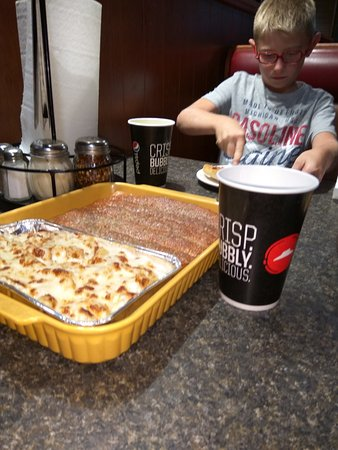 Nov 30,  · Pizza Hut, Price: See 14 unbiased reviews of Pizza Hut, rated 4 of 5 on TripAdvisor and ranked #13 of 31 restaurants in Price.4/4(14).
