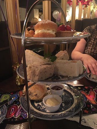 Annies: Traditional Afternoon Tea