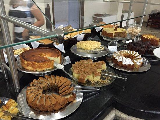 San Rafael Hotel: Buffet petit-déjeuner