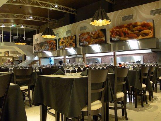 Cocina abierta 505 restaurante fotograf a de cocina for Comedor 505 san pedro
