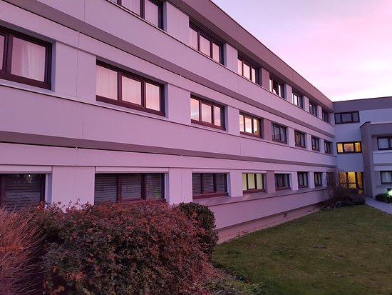 Collegien, Francia: vue d'une partie de l'hôtel