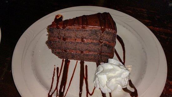 Yorkville, IL: Blackstone Grill Fudge Cake