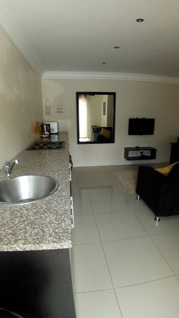 Heaven on Earth Guest House Prices & Reviews Durban South Africa