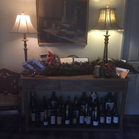 The White Swan Inn: Christmas decor at the Inn