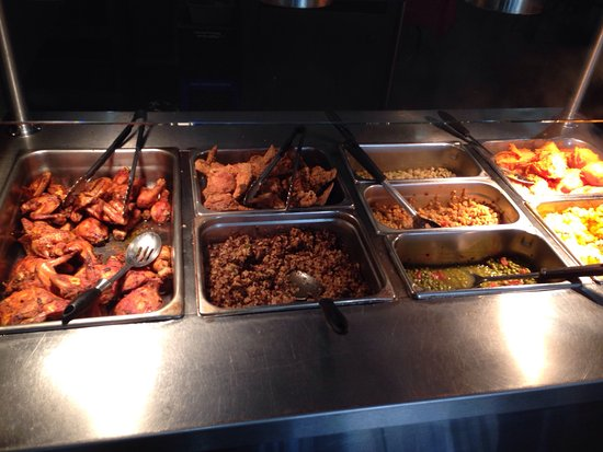 The Palace Cafe: Sunday buffet included fried and barbeque chicken, sweet potatoes, lima beans, okra, English pea