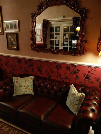 Creston Villa Guest House: IMG_20161210_174610_large.jpg