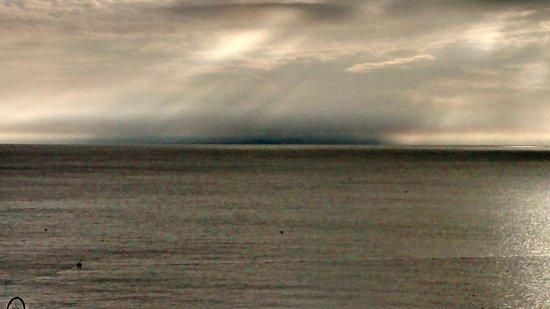 Swanage Bay View: Moody September sunrise