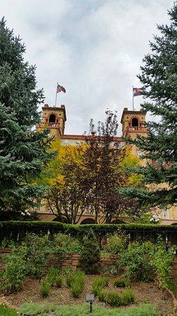 The venerable Hotel Colorado